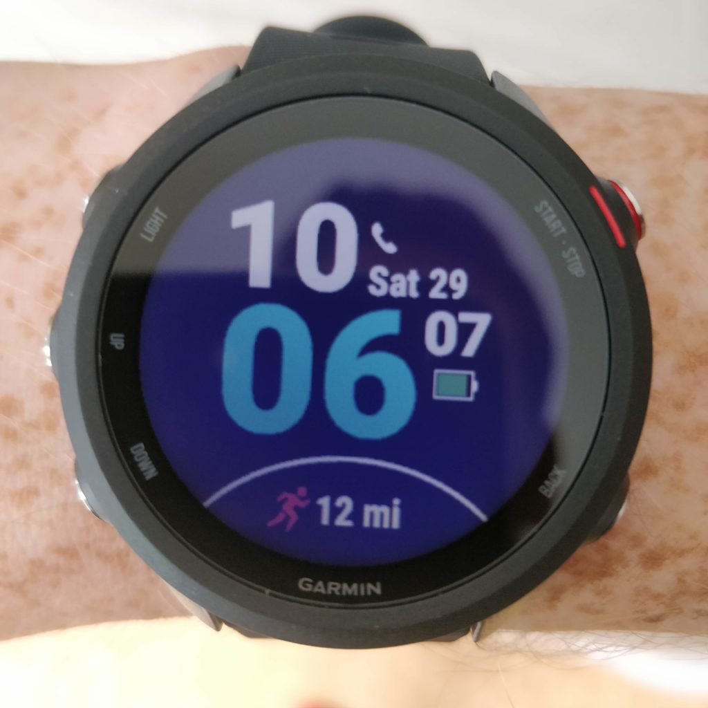 the garmin forerunner 245 music with a quick view of your weekly mileage always in your face – move it! more miles!